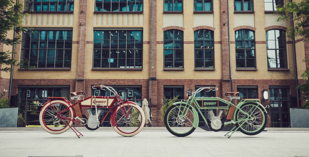 electric retro bike, vintage electric bikes, custom ebike, ebike, pedelec 250W, pedelec, retro pedelec, Kosynier deLux, the ruffians, electric moped, electric retro moped, electric vintage moped, 250W, red ebike, like motorcycles, like indian, like harley, like classic motorcycles, classic motorcycles, old school electric motorbikes, ebike vintage, vintage electric, vintage e bikes, electric motorcycles, classic motorcycles, legendary motorcycles, custom bike, the bike looks like a motorcycle, vélo rétro électrique, vélo vintage électrique, moto classique, vélo électrique, le vélo ressemble à une moto, klassisches Motorrad, Weinlesemotorrad, oldtimer, Das Fahrrad sieht aus wie ein Motorrad, e bike chopper, e-bike chopper style, ebike elektro chopper fahrrad, e bike chopper cruiser, e-bike chopper fahrrad, custom fahrrad, custom bikes fahrräder, custom bikes fahrrad, pedelec retro look, retro pedelecs, electric bi, retro electric bike, electric retro bikes, electric bike motorbike, el bike, ebike motorcycle, motorcycle electric bike, vintage electric bicycle, vintage cycles, classic cycles, retro cycles, bicycles electric, e motorbike, vintage bike company, vintage of bikes, velo old school american, moto vintage electrique, vélo électrique top life, electric bike 2019, electric bike 2020, beach bike electrique, bici d'epoca elettrica, bici elettrica vintage, biciclette elettriche vintage, Biciclette vintage elettriche, Bici elettrica Cruiser, BICI CRUISER E-BIKE, elektrisk retro-sykkel, elektrisches Retro-Fahrrad, retro e bike, vélo rétro électrique, vélo électrique retro, vélo électrique cruiser, bicicleta eléctrica vintage, bicicleta electrica vintage, bicicleta eléctrica retro, bicicleta electrica retro, classic motorcycles, electric motorcycles, klasyczne motocykle, motocykle elektryczne, motociclette classiche, motocicli elettrici, motos classiques, motos électriques, klassische Motorräder, elektrische Motorräder, motocicletas clásicas, motocicletas eléctricas, oldtimer, klassiske motorsykler, elektriske motorsykler, klassiske motorcykler, elektriske motorcykler, motocicletas clássicas, motocicletas elétricas, классические мотоциклы, электрические мотоциклы, klasické motocykle, elektrické motocykle, klassiska motorcyklar, elektriska motorcyklar, クラシックバイク、電動バイク、